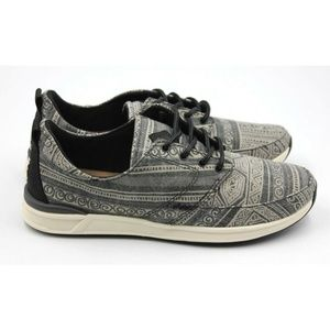REEF Rover Low Prints Women's Casual Shoe Size 7